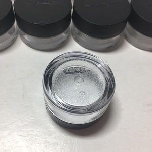 8b8a9a91c0f6 New MAC Cosmetics Sample Jars with Sticker x8 NWT